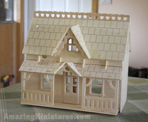 Creatology Dollhouse w/ Veranda Fully Assembled