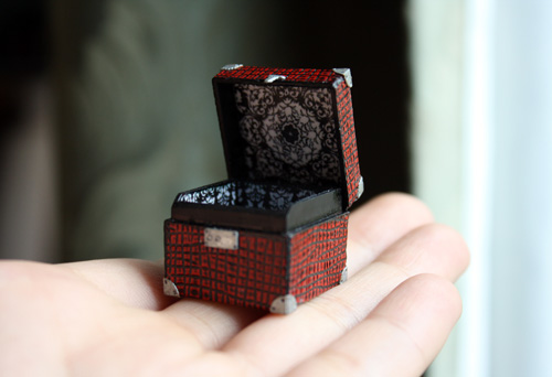Working Dollhouse Miniature Suitcase by FranMadeMinis